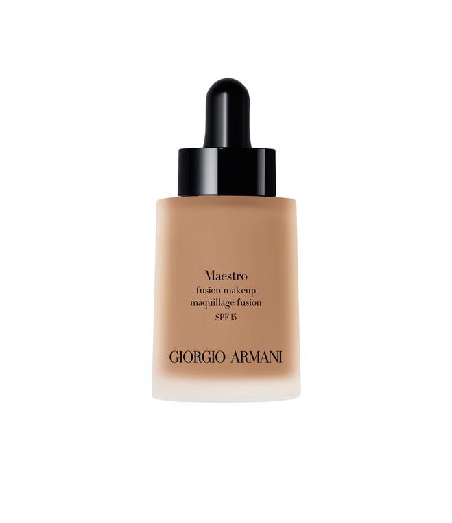Тональная вуаль Maestro Glow от Giorgio Armani