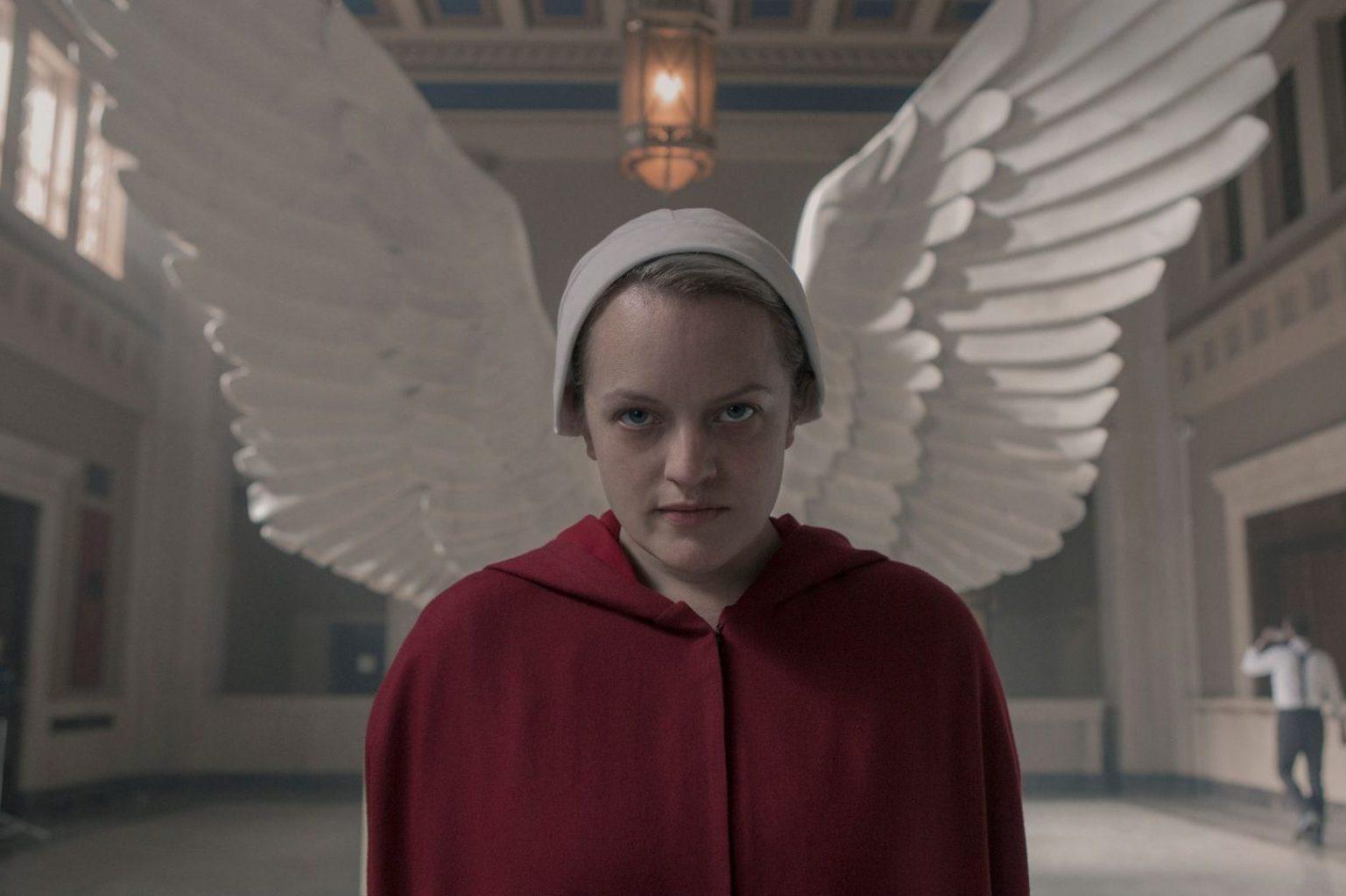 Обложка: кадр из сериала «Рассказ служанки»