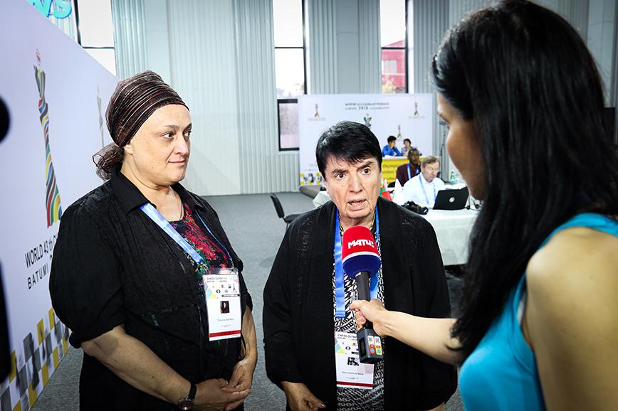 Нона Гаприндашвили и Майя Чибурданидзе