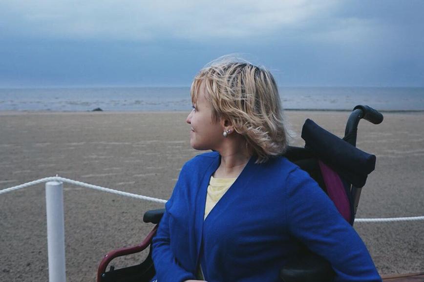 Инвалид-колясочник Алёна Меркурьева