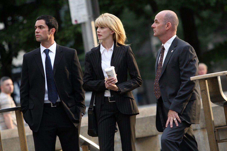 Женщины детективы. Кадр из сериала «Детектив Раш»