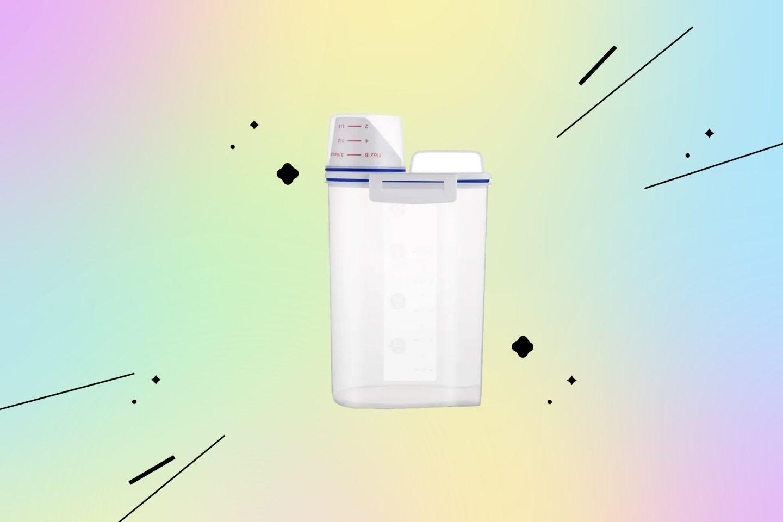 Товары для кухни: контейнер с мерным стаканчиком