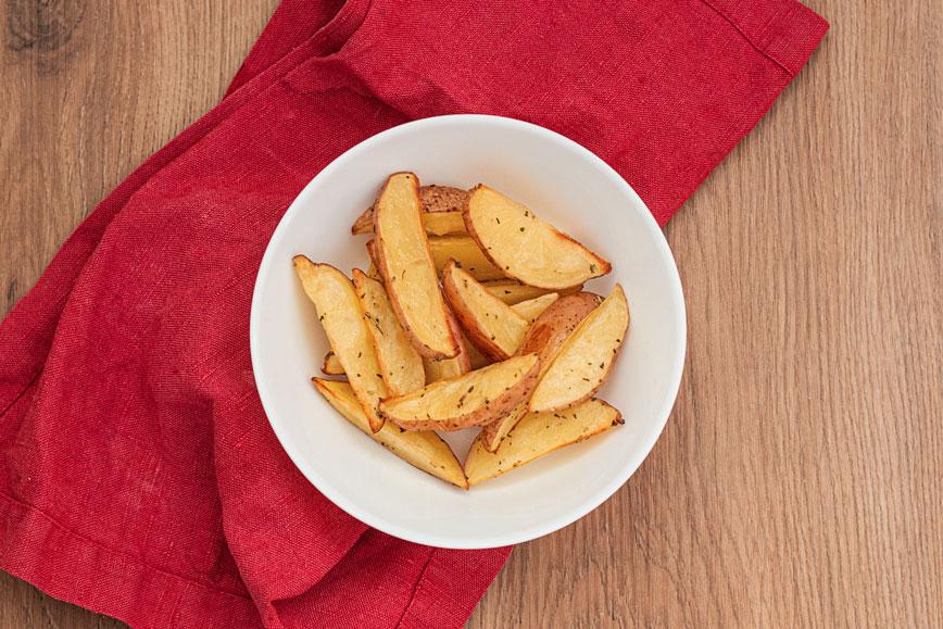 рецепты фастфуда: Картофель по-деревенски